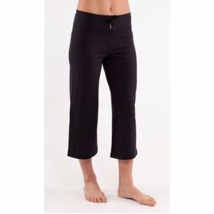 Lululemon Cropped Capri Wide Flare Leg Black Pants
